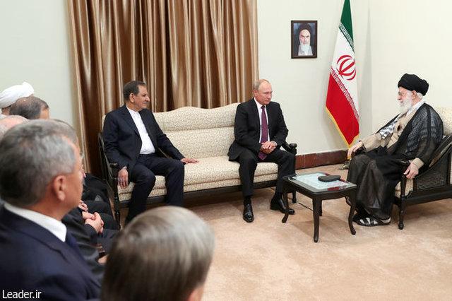 گزارش تصویری از دیدار رهبری با رئیس جمهوری روسیه