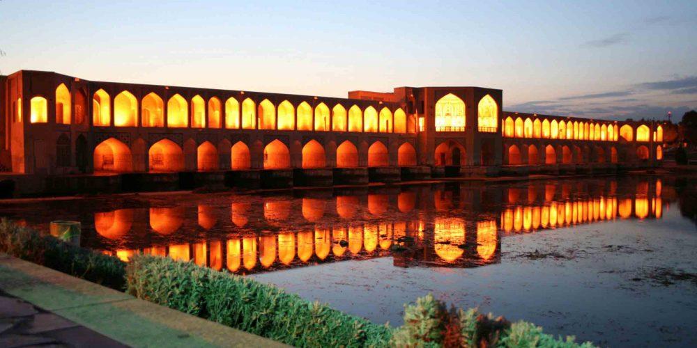 اصفهان تا سال ۲۰۲۵ خالی از سکنه خواهد شد!