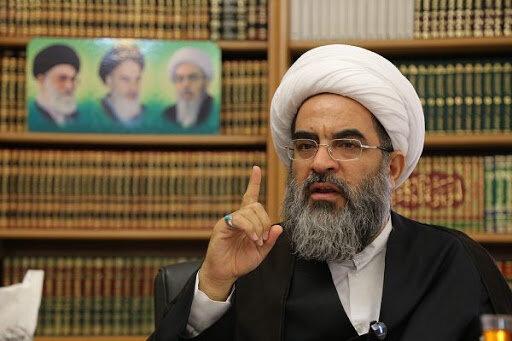 آیتالله فاضل لنکرانی: به نام حکومت اسلامی، اموال مردم را دزدیدند و اختلاس کردند