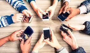 ضریب نفوذ تلفن همراه در کشور به ۱۵۵.۴ درصد رسید