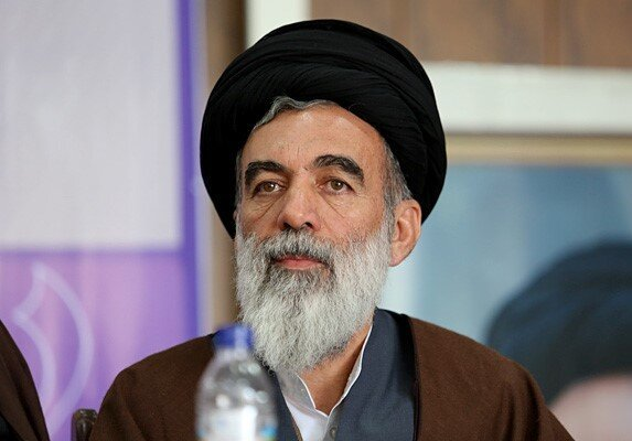 کناره گیری آملی لاریجانی از شورای نگهبان/ حکم رهبر انقلاب برای حجتالاسلام حسینیخراسانی