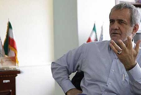 مصوبات زمان احمدینژاد ۱۰۰ سال دیگر اجرا نمیشود چه برسد به رئیسی!