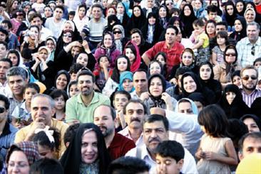 ۳۶ درصد از جمعیت زنان جوان ۱۵ تا ۳۴ سال کشور دختران ازدواج نکرده هستند