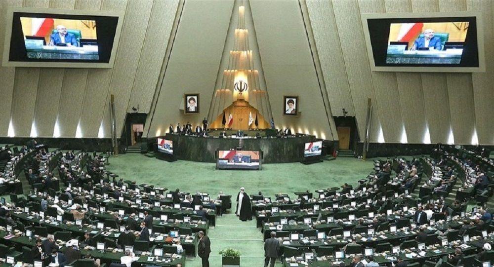 تحقیق و تفحص مجلس از ظریف کلید خورد