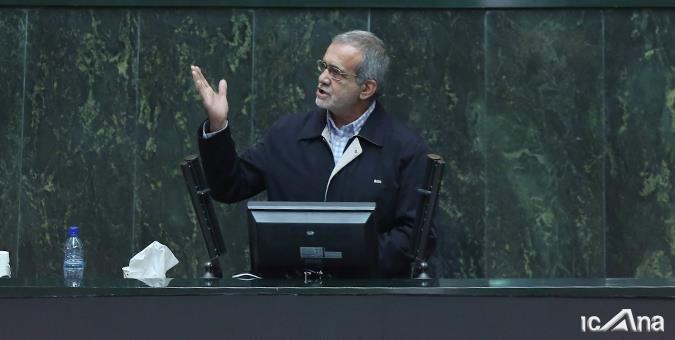 پزشکیان: از هیچ نامزدی حمایت نمی کنم/ مواضعم را در باره انتخابات دوشنبه در مجلس تبیین می کنم