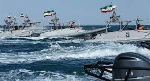 نمایش اقتدار نیروی دریایی سپاه بر سر آمریکاییها در خلیج فارس